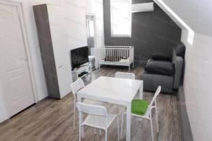 Siófoki lakás eladó, 32 négyzetméteres, 2 szobás