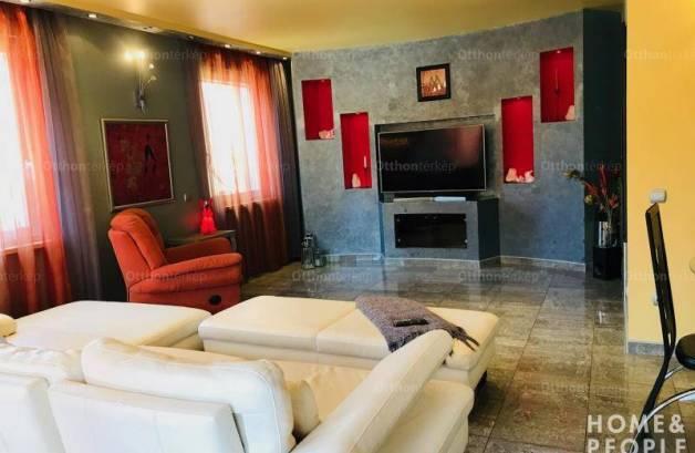 Eladó 3 szobás családi ház Szeged