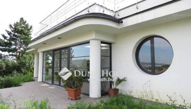 Budapesti családi ház eladó, Budafokon, Zsoldos forduló, 2+1 szobás