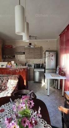 Tata 3+1 szobás családi ház eladó