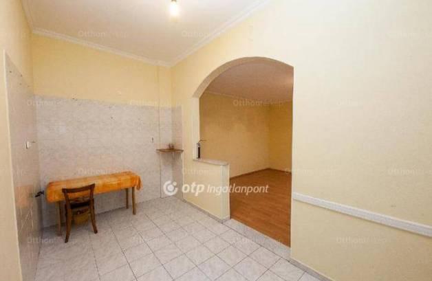 Eladó 3 szobás sorház, Gyártelepen, Budapest