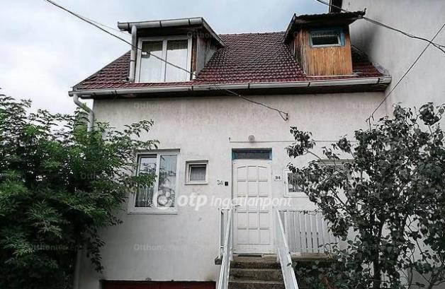 Sárospatak eladó sorház az Izsó Miklós utcában