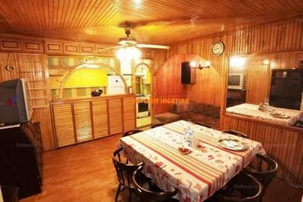 Eladó, Nagyhalász, 3+1 szobás