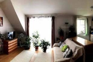 Debreceni eladó lakás, 1 szobás, a Diófa utcában