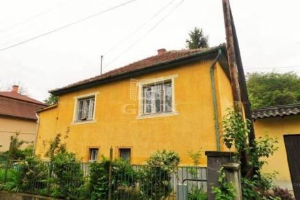 Izsófalvai eladó családi ház, 4 szobás, 115 négyzetméteres