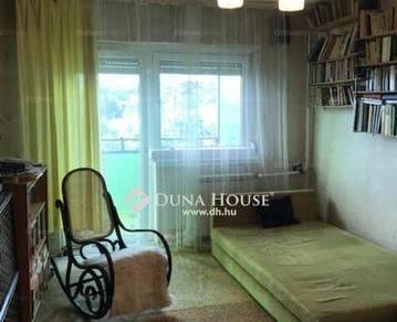 Eladó lakás Budapest, 1+2 szobás