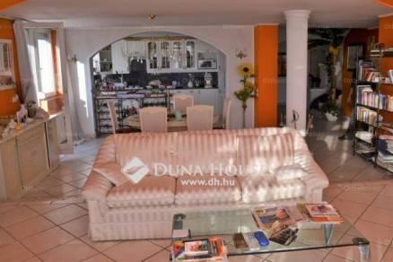 Budapest eladó lakás Zöldmálon a Pitypang utcában, 245 négyzetméteres