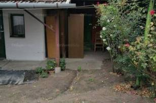 Kistelek családi ház eladó, 2 szobás