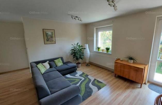 Ikerház eladó Mosonmagyaróvár, 83 négyzetméteres