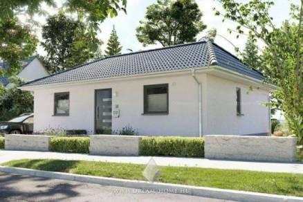 Kecskeméti eladó családi ház, 4 szobás, 79 négyzetméteres