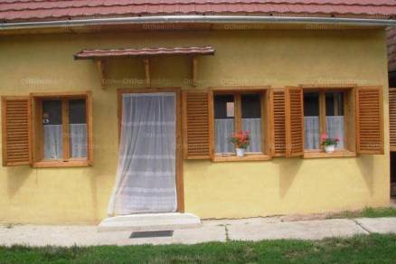 Kismarjai eladó családi ház, 4 szobás, 130 négyzetméteres