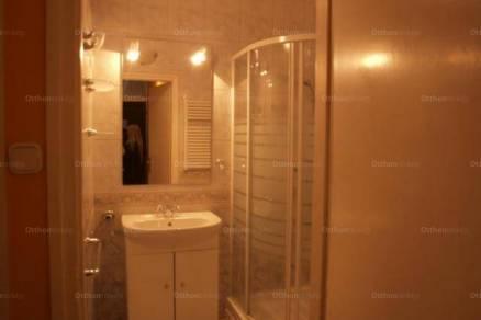 Egeri kiadó lakás, 3 szobás, 73 négyzetméteres