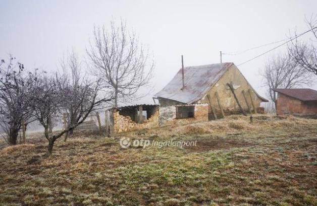 Eladó telek Szekszárd, Porkolábvölgy
