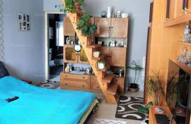 Eladó, Nógrád, 4 szobás