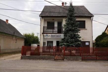 Putnoki eladó családi ház, 4+1 szobás, 124 négyzetméteres
