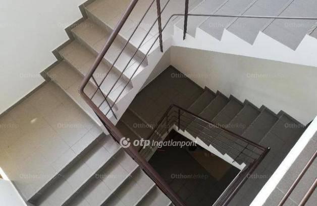 Gyulai eladó lakás, 1+1 szobás, 34 négyzetméteres