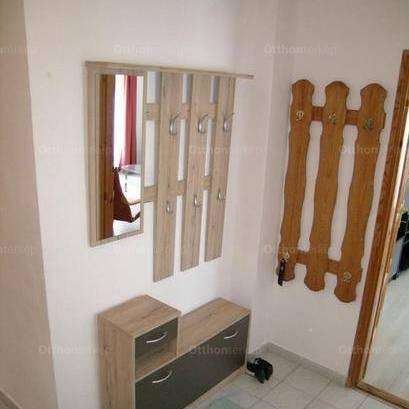 Eladó 2 szobás lakás Pécs