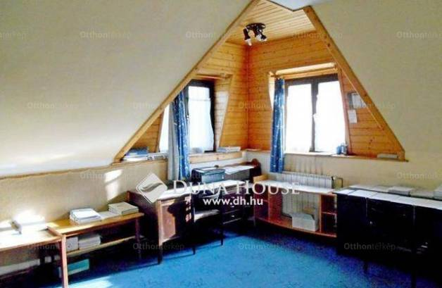 Tahitótfalu családi ház eladó, 5 szobás