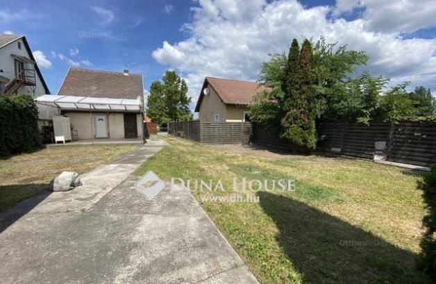 Családi ház eladó Tahitótfalu, 50 négyzetméteres