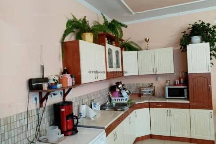 Dunaszeg 3 szobás családi ház eladó