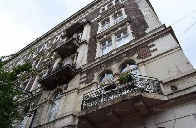 Budapest, lakás eladó, Palotanegyed, 2 szobás