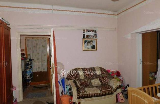 Eladó 4+3 szobás Komló a Gesztenyési úton