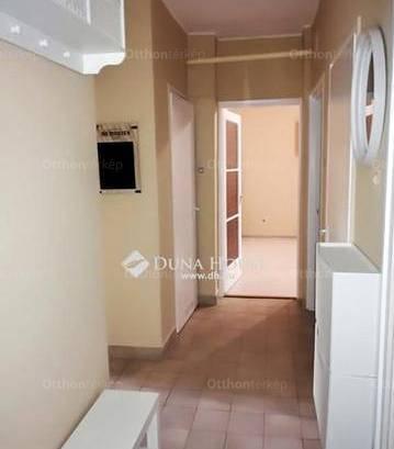 Lakás eladó Kecskemét, 48 négyzetméteres