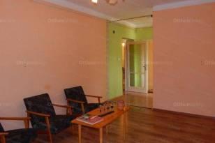 Siófoki lakás eladó, 60 négyzetméteres, 3 szobás