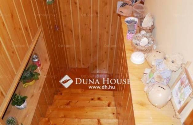 Kecskeméti családi ház eladó, 130 négyzetméteres, 3+1 szobás