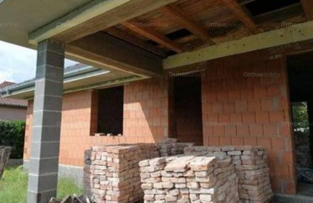 Debrecen eladó új építésű családi ház