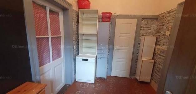 Budapest lakás eladó, Újpesten, 2+1 szobás