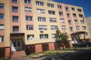 Eladó 2+1 szobás lakás Kiskunfélegyháza