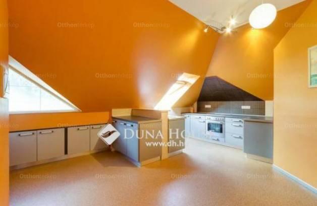 Eladó családi ház, Budapest, Soroksáron, 450 négyzetméteres