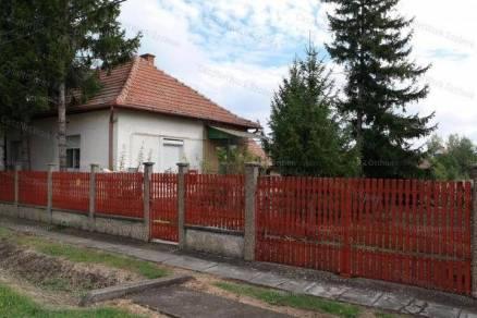 Zagyvarékasi eladó családi ház, 2 szobás, 81 négyzetméteres