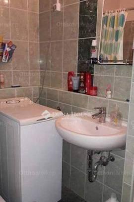 Eladó 1 szobás lakás, Békásmegyeren, Budapest