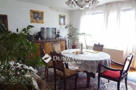 Eladó 1+4 szobás lakás Érd a Boróka utcában