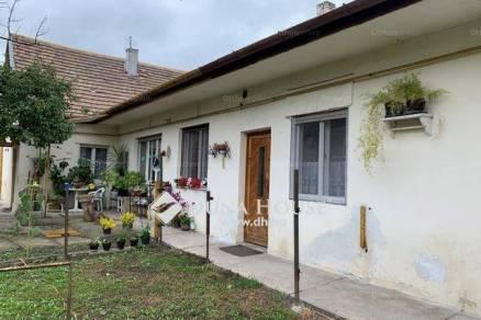 Eladó 3+1 szobás családi ház Soroksáron, Budapest