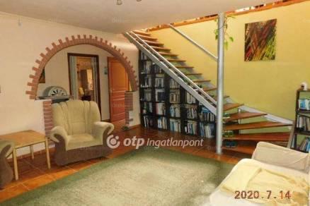 Bordány 4 szobás családi ház eladó