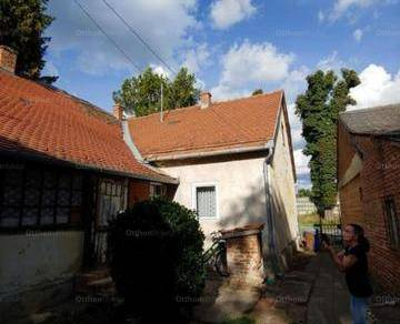 Pécs eladó házrész
