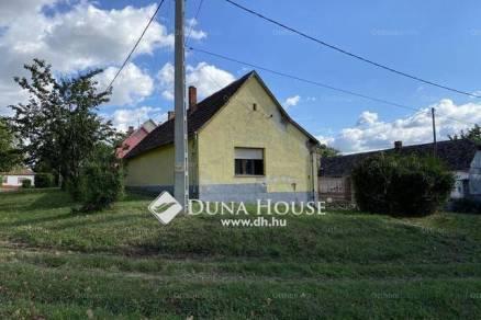 Siklós családi ház eladó, Járó Péter utca, 2 szobás