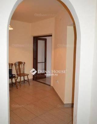 Kiadó albérlet, Debrecen, 2+1 szobás
