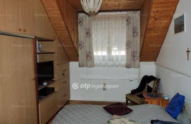 Eladó 5 szobás családi ház Keszthely