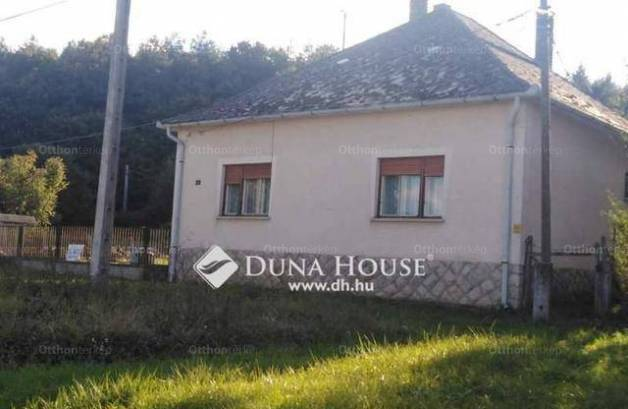 Eladó családi ház Sásd, 3 szobás