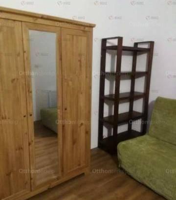 Eladó 2+3 szobás családi ház Vác