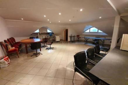 Eladó 4 szobás lakás Marcali