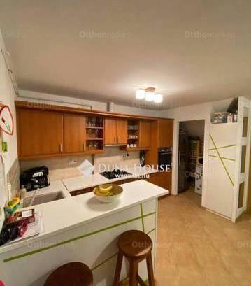 Lakás eladó Veszprém, 91 négyzetméteres