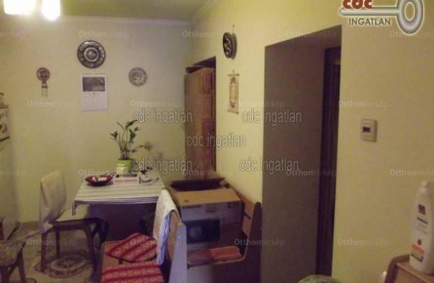 Nyáregyházai eladó családi ház, 2 szobás, 45 négyzetméteres