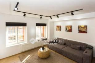 Pécs lakás eladó, 3+1 szobás