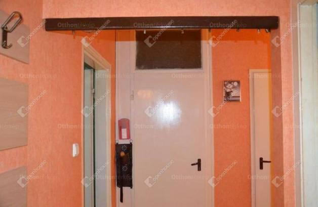 Eladó lakás Miskolc, 2 szobás