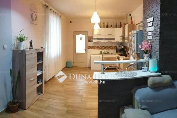 Ercsi családi ház eladó, 97 négyzetméteres, 3 szobás